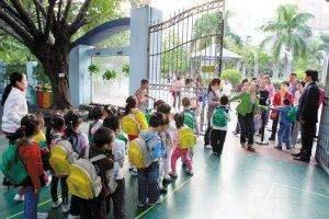 幼儿园常放儿歌